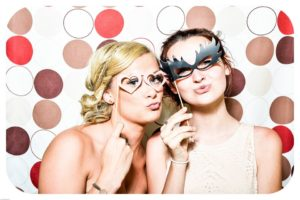 wedding-entertainmet-ideas-photo-booth