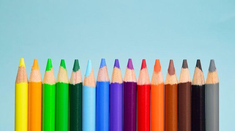 Art. colouring pencils
